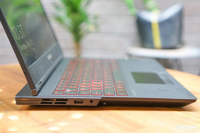 Ảnh thực tế gaming laptop Lenovo Y540 và Y740 tại Việt Nam, giá từ 23 triệu đồng